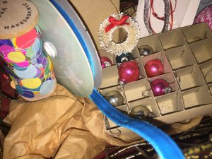 vintage Christmas ornaments + velvet ribbon gift wrap presents